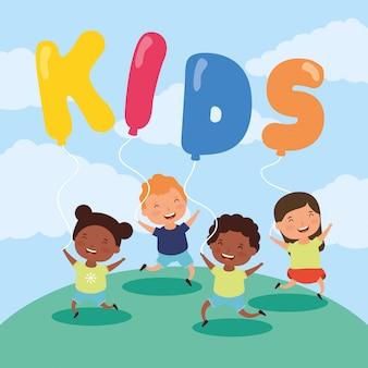 Kleine interrcacial kinder mit kinderzone steigt helium im ballon auf