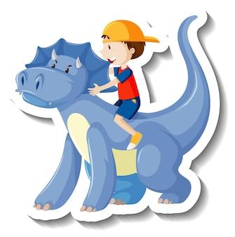 Kleiner junge, der einen drachenkarikaturaufkleber reitet