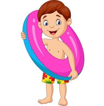 Kleiner junge der karikatur mit aufblasbarem ring