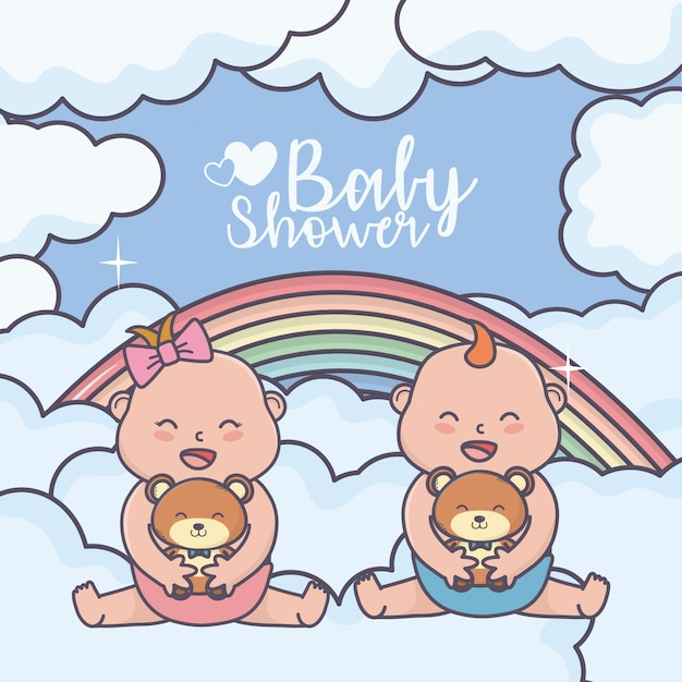 Kleiner junge und mädchen der babyparty mit teddybärregenbogen bewölkt karte