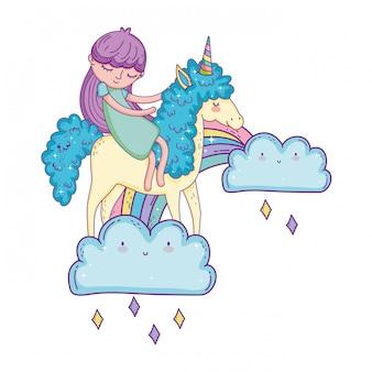 Kleines einhorn und prinzessin in den wolken