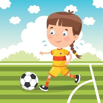 Kleines kind, das draußen fußball spielt