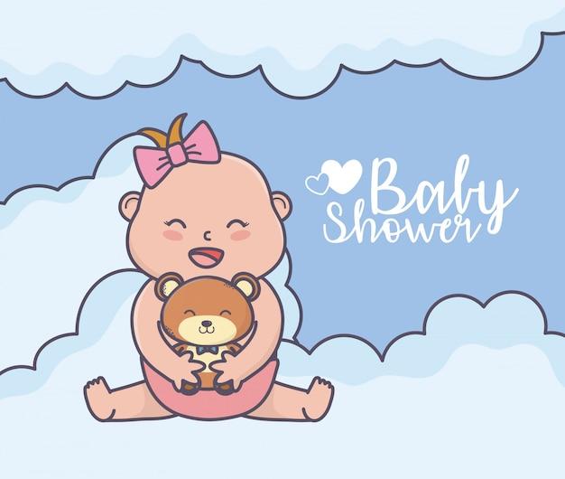 Kleines mädchen der babyparty mit teddybären bewölkt karte