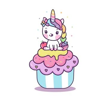 Kleines pony des netten einhornvektors auf karikatur des kleinen kuchens