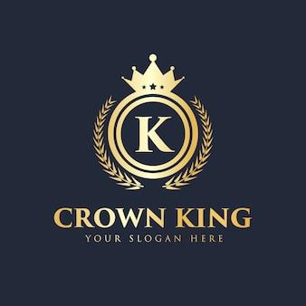 Königliches und luxuriöses kreatives königkronenkonzeptlogo-entwurfsschablonenset
