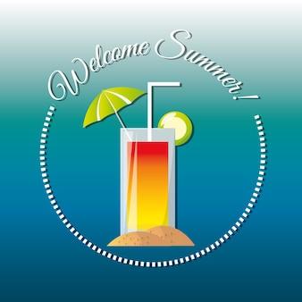 Köstlicher kühler cocktail für feiern sommerferien