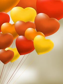 Kopula von roten gelballons in form eines herzens. datei enthalten