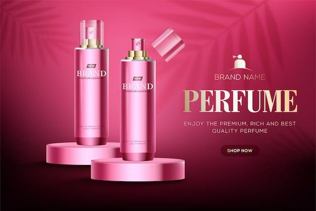 Kosmetische anzeigenschablone mit glänzenden rosa flaschen auf rosa kreisförmigem podiumbühne