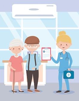Krankenschwester mit medizinischer erster hilfe der großeltern, ärzte und ältere menschen