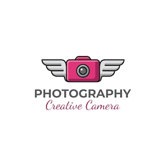 Kreative kamera der modernen fotografie mit flügeln des logoentwurfs