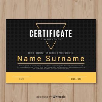 Kreatives zertifikat vorlage mit goldenen elementen