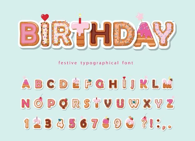 Kuchen cartoon schriftart. nettes papier ausgeschnittenes alphabet.