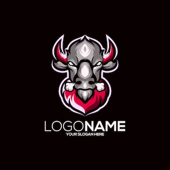 Kuh-logo-design isoliert auf schwarz