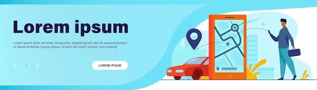 Kunde nutzt online-app für taxibestellung oder mietwagen. mann, der taxi auf stadtplan sucht