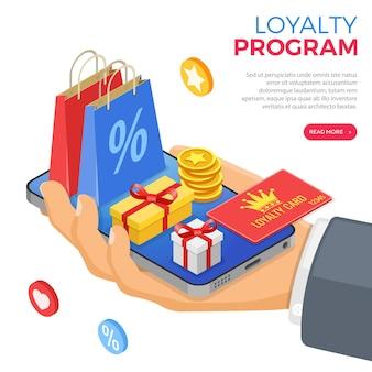 Kundenbindungsprogramme im rahmen des kunden-return-marketings. geschenkbox, retouren, zinsen, punkte, boni. hand mit smartphone gibt geschenke für boni aus dem treueprogramm. isometrischer vektor