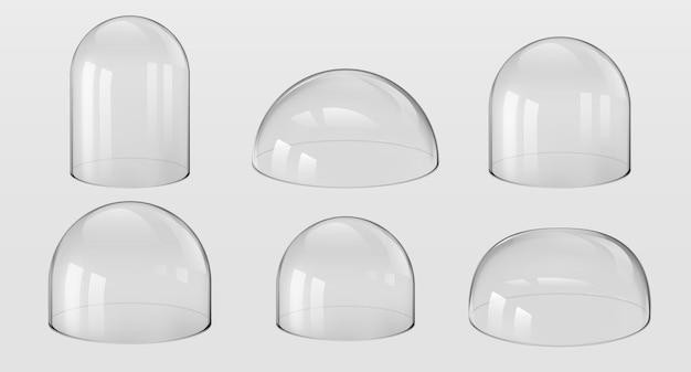 Kuppeln aus glas. 3d realistische kugelförmige und halbkugelförmige küchenutensilien, glasglocken, labor- und ausstellungskoffer. vektor-set isolierte glänzende form vitrin-sicherheit auf transparentem hintergrund