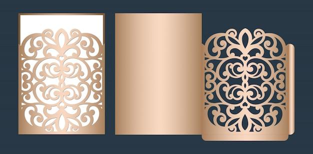 Lasergeschnittene hochzeitseinladungsschablone. hochzeit openwork taschenumschlag mit abstrakten schnitt ornament.