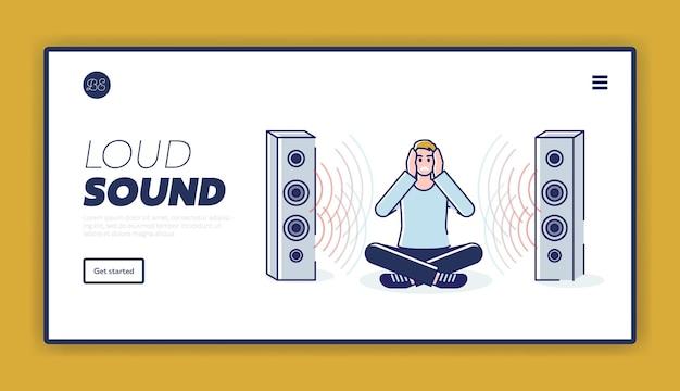 Laute sound-landingpage mit mann, der ohren mit händen schließt, die zwischen lautsprechern sitzen
