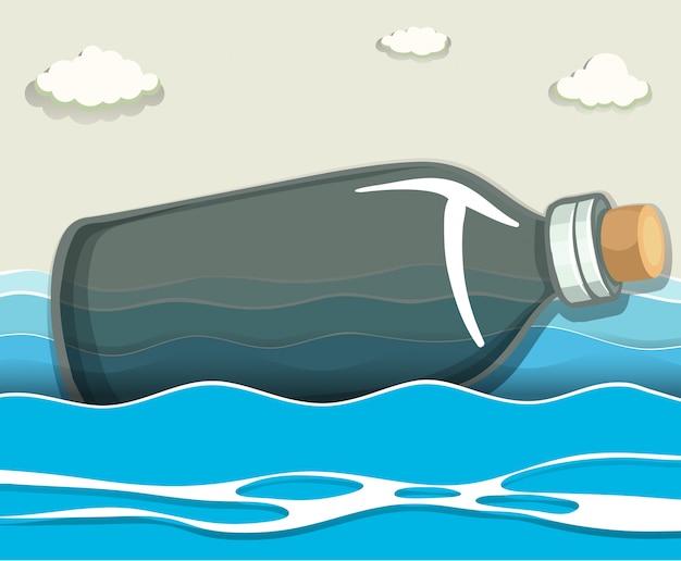 Leere flasche, die in das meer schwimmt