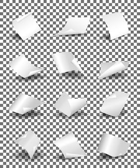Leere gedrehte papierblätter.