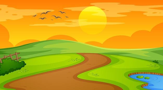 Leere landschaftsszene des naturparks zur sonnenuntergangszeit
