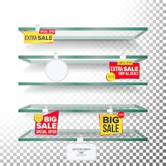 Leere supermarktregale mit aufklebern