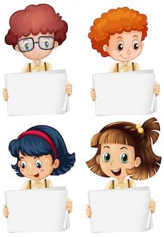 Leere zeichenschablone mit glücklichen kindern auf weißem hintergrund