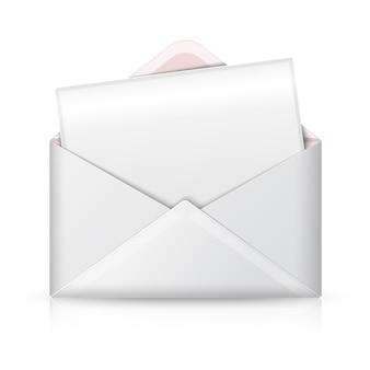 Leerer realistischer weißer geöffneter umschlag und postkarte für ihren text.