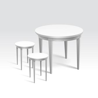 Leerer runder tisch mit zwei stühlen