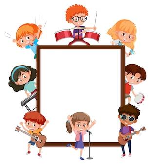 Leeres banner mit vielen kindern, die verschiedene aktivitäten machen