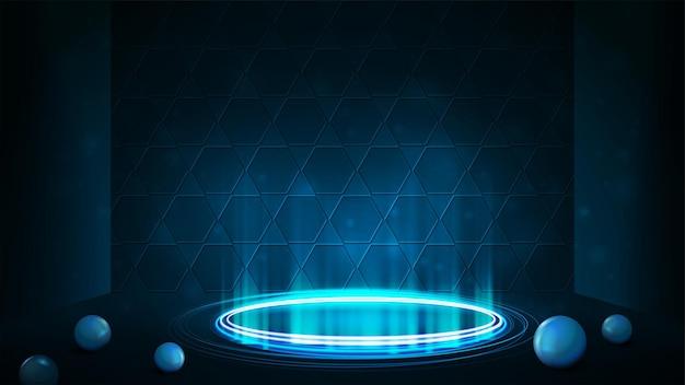 Leeres blaues neonpodest für produktpräsentation mit wabenhintergrund. glänzende ringe im dunklen raum und kugeln auf dem boden