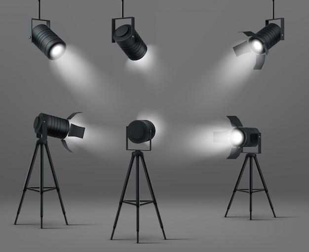 Leuchtende scheinwerfer für studio oder bühne