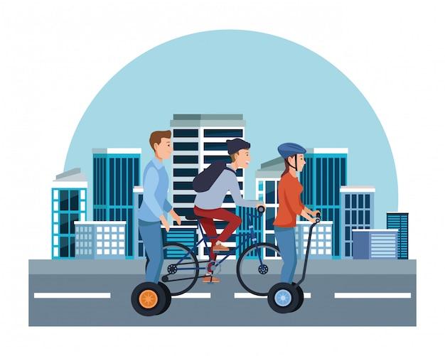 Leute auf fahrrädern und elektrorollern