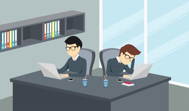 Leute, die in einem büro mit einem computer arbeiten