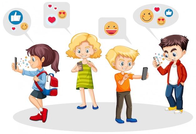 Leute, die smartphone mit dem symbolthema der sozialen medien lokalisiert auf weißem hintergrund verwenden