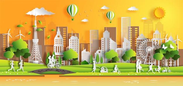 Leute genießen tätigkeiten, die mit eco grünem stadtkonzept im freien sind.