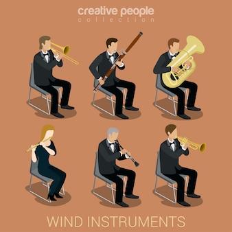 Leutemusiker, die auf den isometrischen vektorillustrationen der windmusikinstrumente eingestellt spielen.