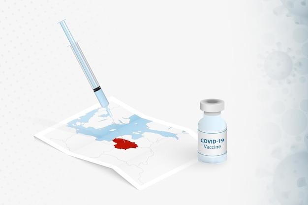Litauen-impfung, injektion mit covid-19-impfstoff in der karte von litauen.