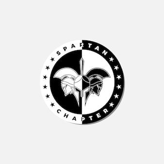Logo-emblem von drei schwarz-weißen spartanischen helmen