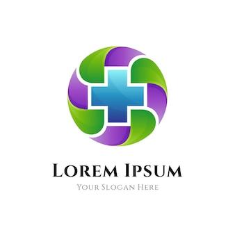 Logo für medizinisches gesundheitswesen mit medizinischer kreuzsymbolkombination kreisförmiger blattform
