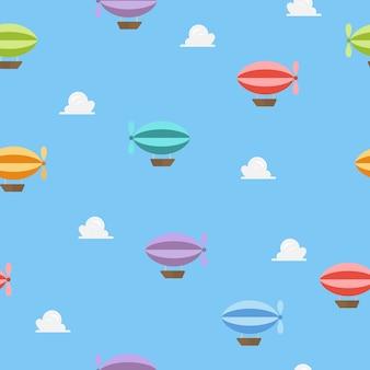 Luftschiffe fliegen auf nahtlosem muster des blauen himmels