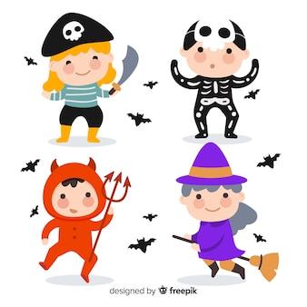 Lustige und nette halloween-karikaturkostümkinder eingestellt