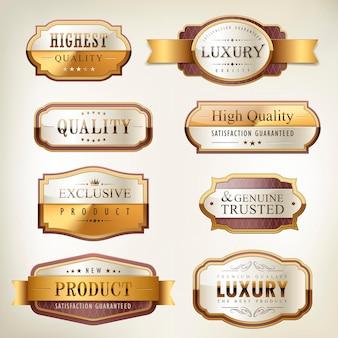 Luxuriöse goldene plattensammlung in premiumqualität über perlweißem hintergrund