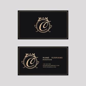 Luxuriöse visitenkartenvorlage in gold- und schwarzton mit vorder- und rückansicht flatlay