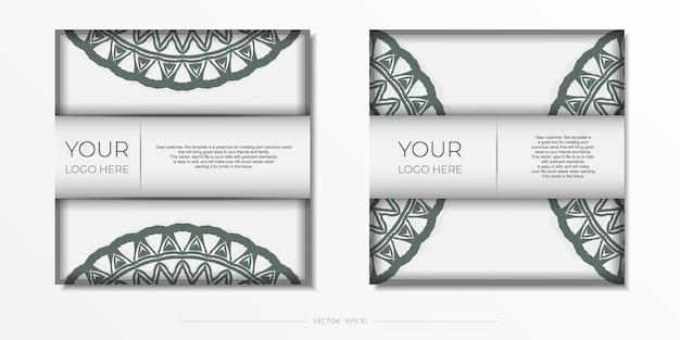 Luxuriöse vorlage für print-design-postkarten in weißer farbe mit dunklen griechischen mustern.