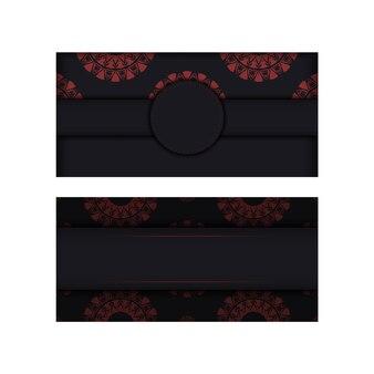 Luxuriöses, druckfertiges, schwarzes postkartendesign mit roten griechischen mustern. einladungskartenschablone mit platz für ihren text und abstrakte verzierung.