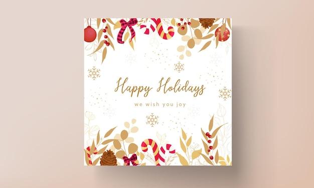 Luxuriöses goldenes und rotes weihnachtskartendesign