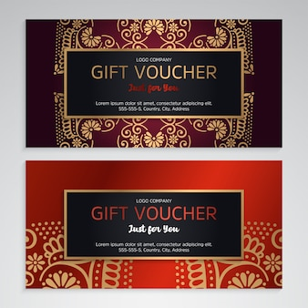 Luxus-geschenkgutschein-vorlage mit ethnischen stil