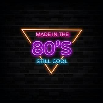 Made in 80er neonzeichen vektor. design vorlage neon-stil