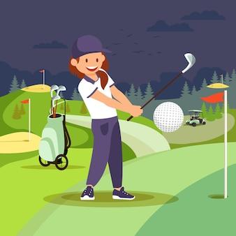 Mädchen, das golf am nahen kurs spielt